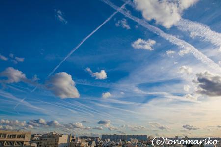 秋のパリの空。ゴマだれ vs. 柚子コショウ_c0024345_5214065.jpg