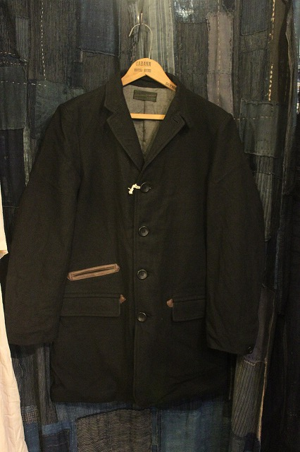""\""""THE DELIVERY MAN""""  CHIN LAPEL COAT_d0121303_13223078.jpg""426|640|?|en|2|c84b6b5a16a1aed6bb98a0e8babf1593|False|UNLIKELY|0.31973832845687866