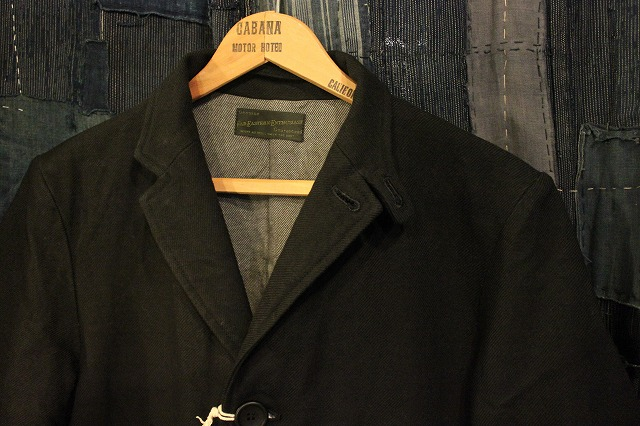 ""\""""THE DELIVERY MAN""""  CHIN LAPEL COAT_d0121303_13224290.jpg""640|426|?|en|2|7bfb3470bb63901b37de20179a7224be|False|UNLIKELY|0.3232480585575104