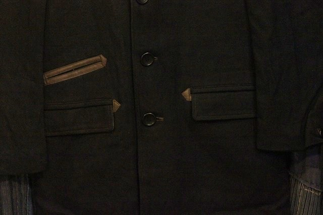 ""\""""THE DELIVERY MAN""""  CHIN LAPEL COAT_d0121303_13232476.jpg""640|426|?|en|2|5830774b191ee34af9a29e4c3aed61fc|False|UNLIKELY|0.2887599766254425