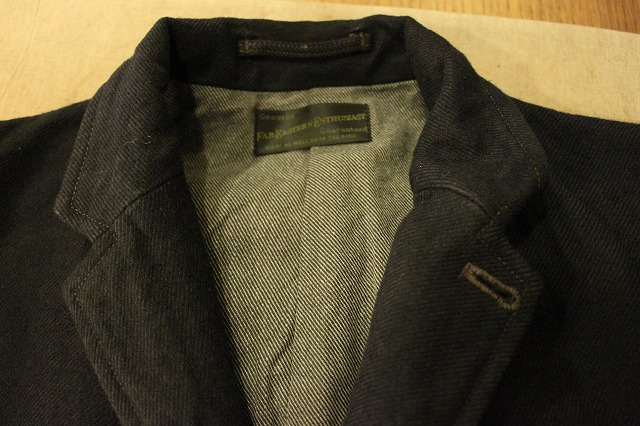 ""\""""THE DELIVERY MAN""""  CHIN LAPEL COAT_d0121303_13445648.jpg""640|426|?|en|2|18b9c1dd045e23a09c9583b706e8c681|False|UNLIKELY|0.2973966896533966