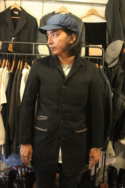""\""""THE DELIVERY MAN""""  CHIN LAPEL COAT_d0121303_134751100.jpg""426|640|?|en|2|f4b0ffc933f1a0901d4c8dd39f4e60bb|False|UNLIKELY|0.3133872449398041
