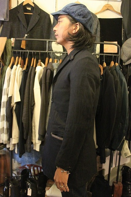 ""\""""THE DELIVERY MAN""""  CHIN LAPEL COAT_d0121303_13475810.jpg""426|640|?|en|2|be38195eb6cc51bfc835a0afedf9dc6c|False|UNLIKELY|0.32507362961769104
