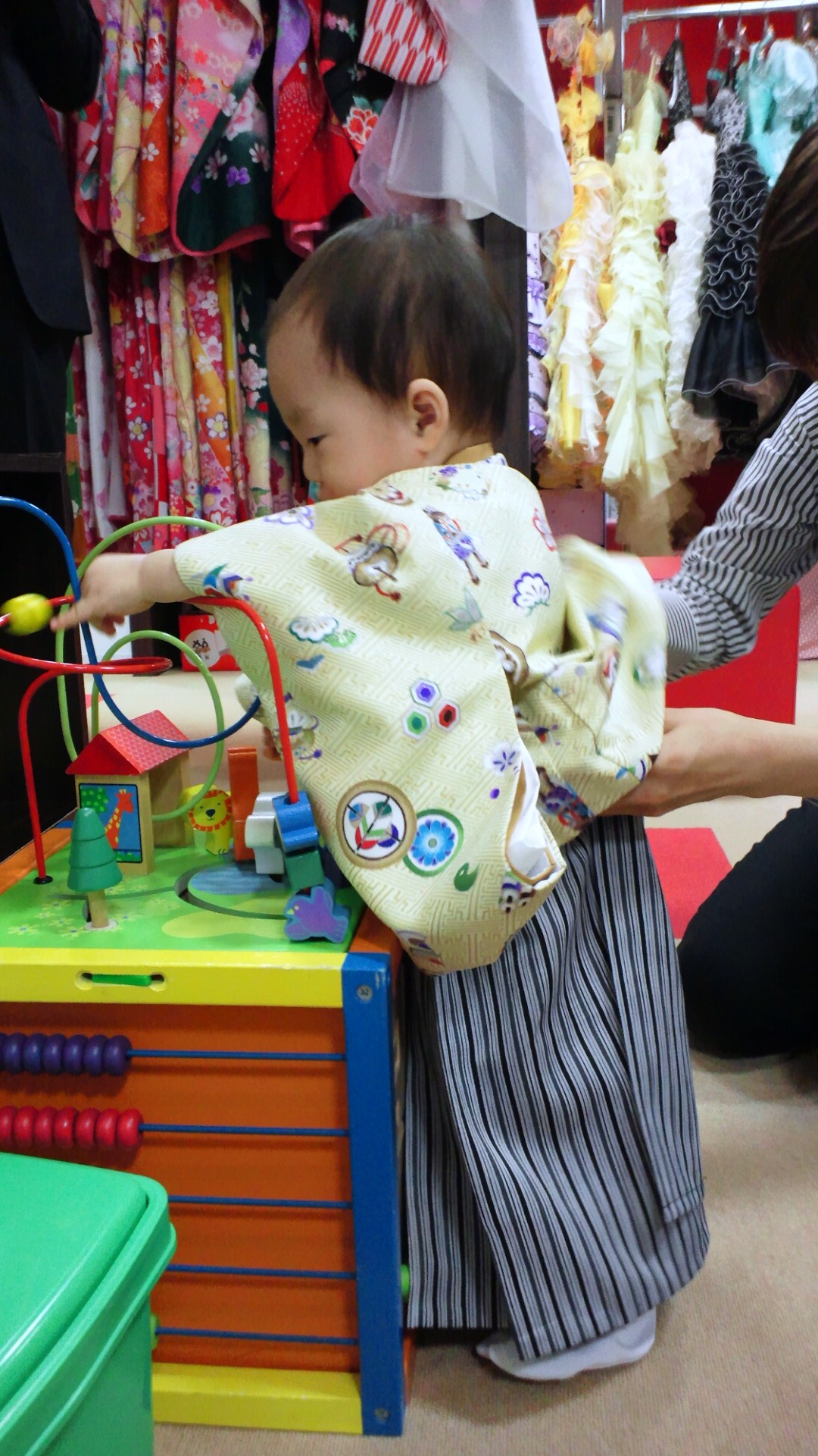 1歳の記念写真を撮ってきました_a0267942_14475077.jpg