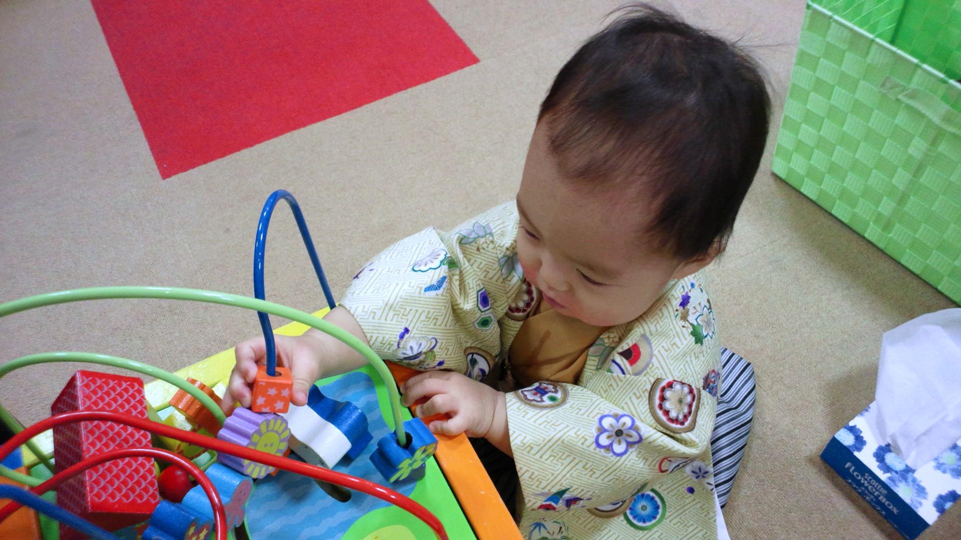 1歳の記念写真を撮ってきました_a0267942_1448449.jpg