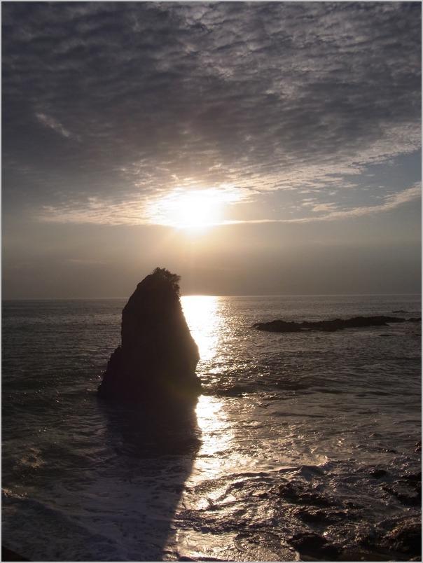 葉山 立石 佐島 と放浪の旅 徒歩・歩_a0086270_22321542.jpg