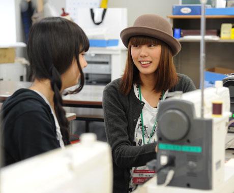 2012年10月13日,14日にNSCカレッジでは体験入学が開催 その5_b0110019_16263288.jpg