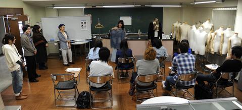 2012年10月13日,14日にNSCカレッジでは体験入学が開催 その5_b0110019_16265085.jpg