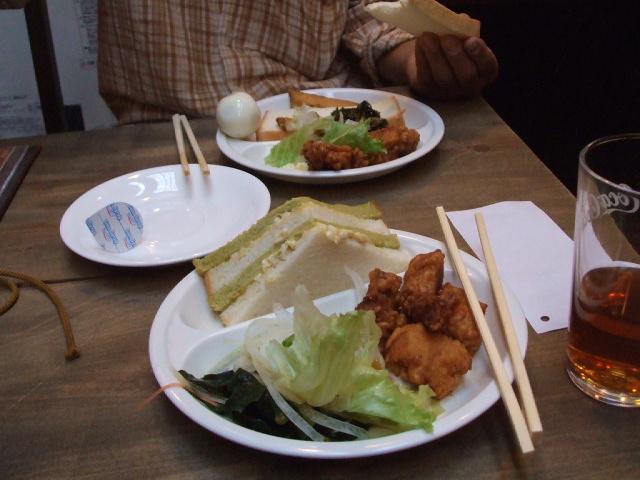 4泊五日の旅(その4)モーニング 名古屋城_f0019498_22482665.jpg