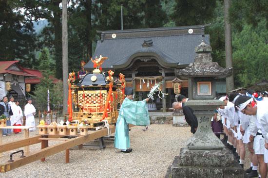 山国神社 例大祭_e0048413_2252439.jpg