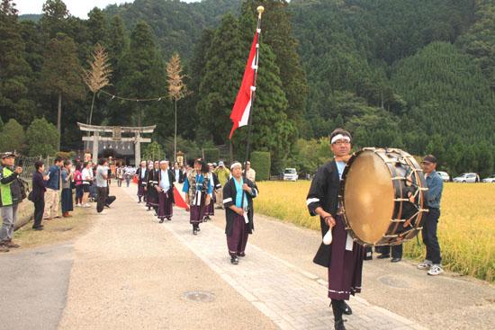 山国神社 例大祭_e0048413_22535241.jpg