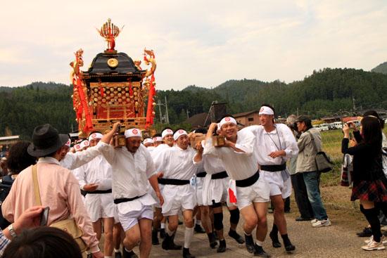 山国神社 例大祭_e0048413_22542171.jpg