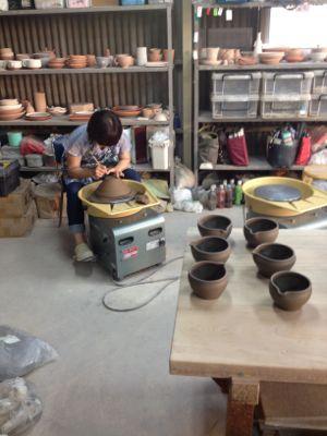 江美さんの陶芸展、お知らせ_f0095325_21222493.jpg