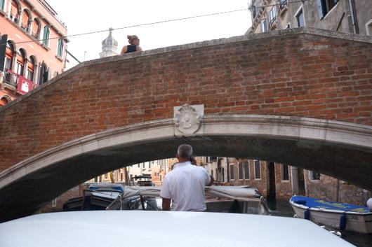 ベネチア愛の旅:水上タクシー_c0201334_8583133.jpg