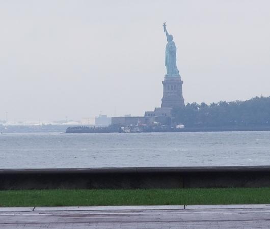 ニューヨークの公園でやってる無料の野外アート・クラス_b0007805_721257.jpg