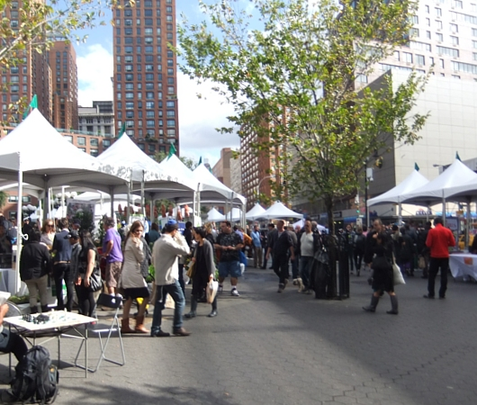 NYの青空市場の運営団体によるエコ・イベント NEW GREEN CITY_b0007805_98303.jpg