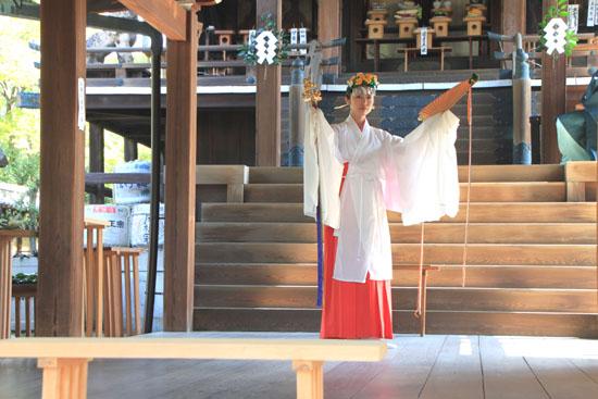 新日吉神宮(いまひえ神宮)大祭_e0048413_22132621.jpg