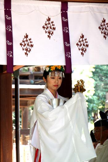 新日吉神宮(いまひえ神宮)大祭_e0048413_22144785.jpg