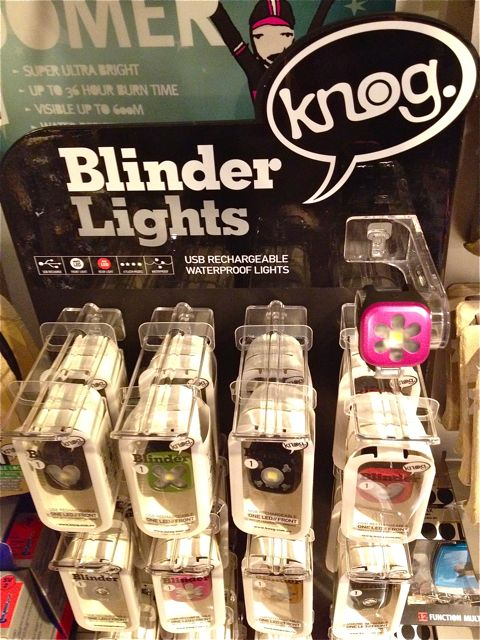 Knog Blinder Lights 『 Blinder 1』_b0212032_21263478.jpg