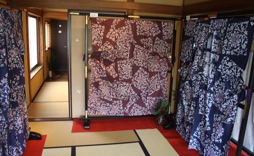 紅型(びんがた)・型染『紅遊舎』作品展-④ _d0178448_10151784.jpg