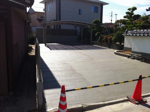 駐車場・フェンス工事_e0268569_17242754.jpg
