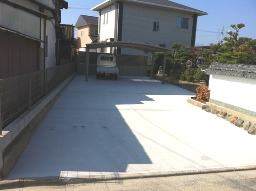 駐車場・フェンス工事_e0268569_17393122.jpg