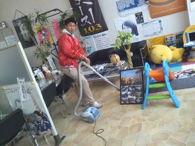 ランクルトミー札幌店(^o^)開店準備中!_b0127002_9472833.jpg