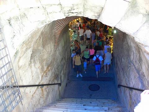 中欧家族旅行2012年08月-第四日目-スプリット・ディオクレティアヌス宮殿散策(II)_c0153302_819585.jpg