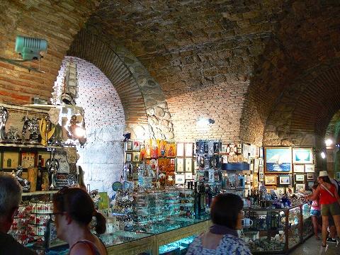 中欧家族旅行2012年08月-第四日目-スプリット・ディオクレティアヌス宮殿散策(II)_c0153302_8253995.jpg