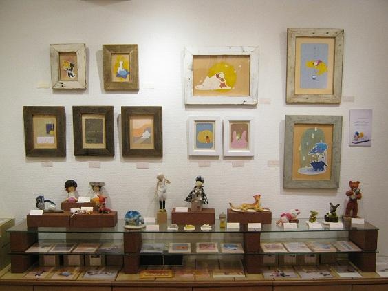 たまごくんたちてん    壁面展示「ヒツジと絵の具」スズキ ユウコ_e0134502_049496.jpg