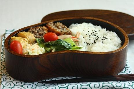 栗の木のお弁当箱のすすめ~yasato910_b0277136_8192262.jpg