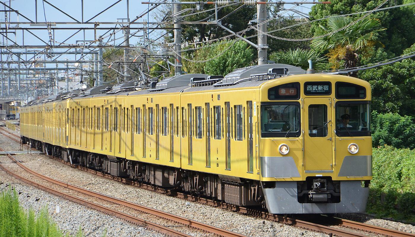 西武電車2012年 その2 _a0251146_2211765.jpg