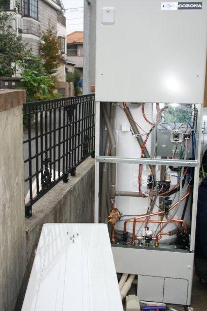 Panasonic太陽光発電とCORONAエコキュート1(小平市)_e0207151_205082.jpg