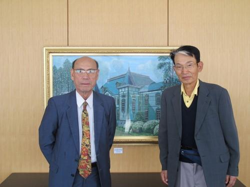 江辺純三(M32)先輩と藤倉嘉昭名誉教授(T32)が来訪_c0075701_12465641.jpg