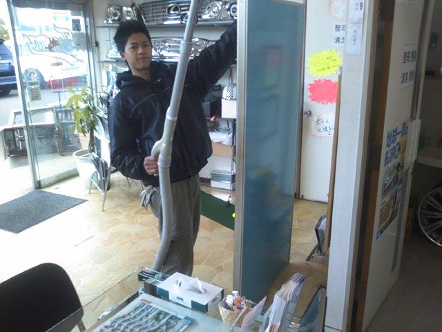 ランクルトミー札幌店(^o^)開店準備中!_b0127002_994974.jpg