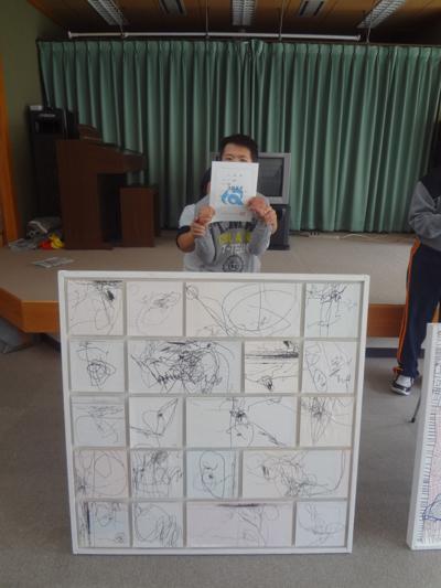 松阪市美術展覧会に利用者さんの作品が入選!_a0154110_8271619.jpg