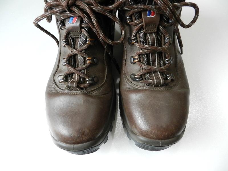 Berghaus gore-tex boots 2012 oct_f0226051_13433686.jpg