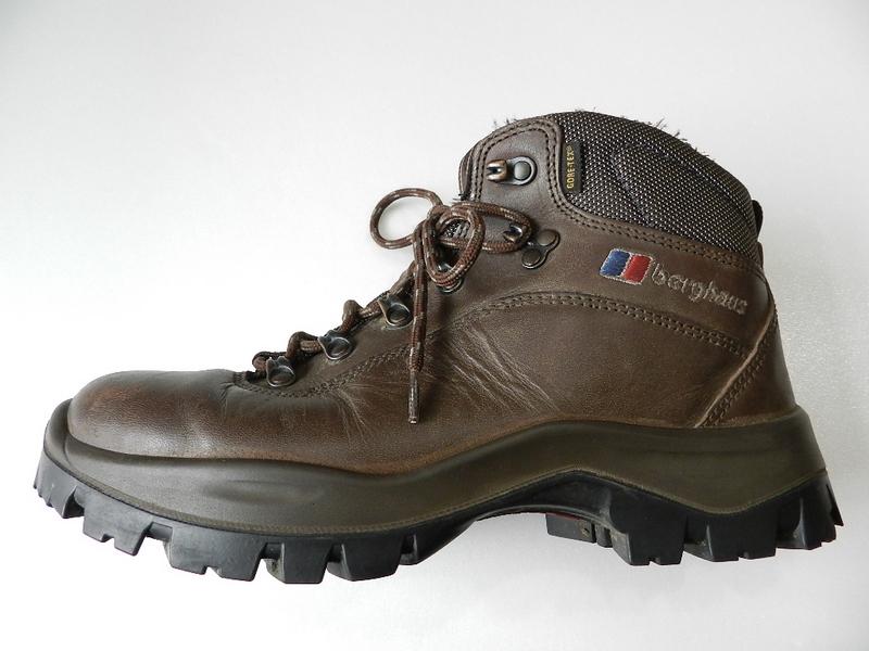 Berghaus gore-tex boots 2012 oct_f0226051_13435392.jpg