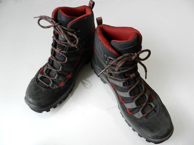 Berghaus gore-tex boots 2012 oct_f0226051_13531061.jpg