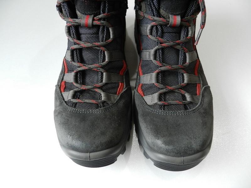 Berghaus gore-tex boots 2012 oct_f0226051_13532868.jpg