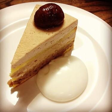 金曜日のケーキ。_e0060555_16464385.jpg