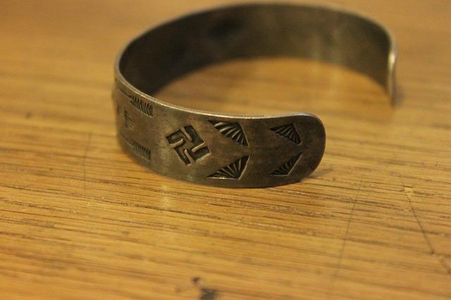 ~1930's 卍バングル卍_d0121303_143381.jpg