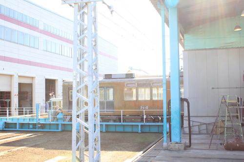 阪急7010F アルナ車両入場後・・_d0202264_1021206.jpg