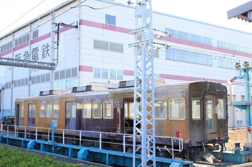 阪急7010F アルナ車両入場後・・_d0202264_1021624.jpg