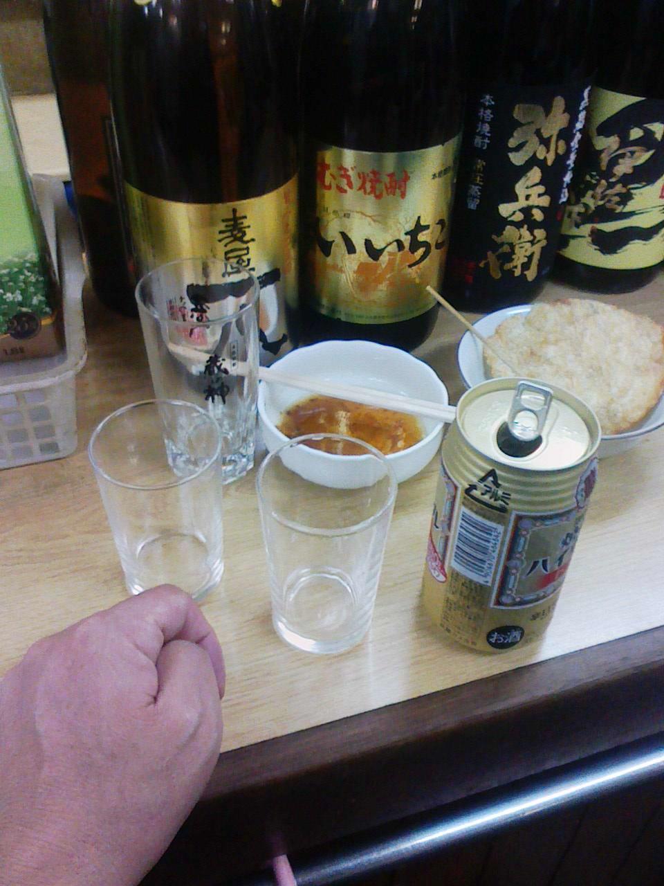 おでんの汁に「かわはぎロール」_c0061686_2194750.jpg