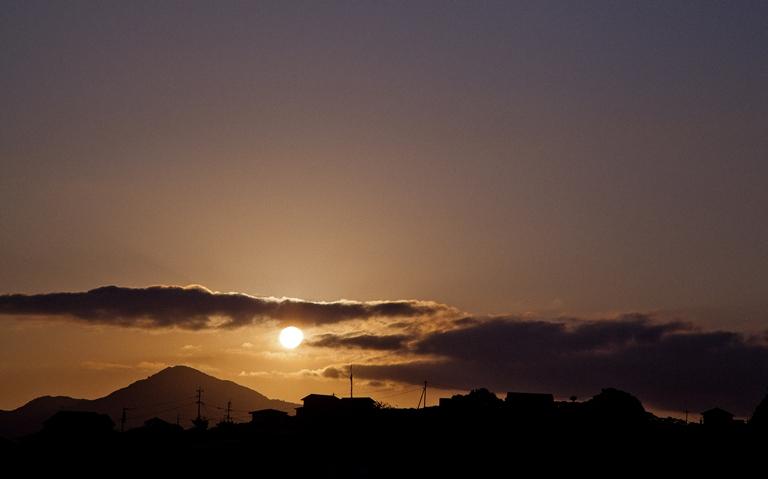夜明け…_c0165046_9162454.jpg