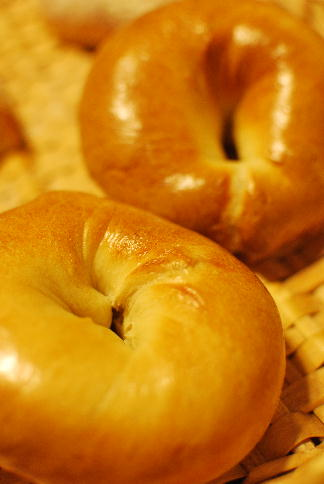 冷蔵発酵のベーグル、ハイジの白パンなどなど_a0175348_12262353.jpg