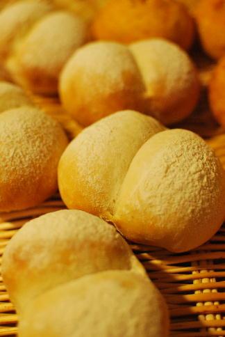 冷蔵発酵のベーグル、ハイジの白パンなどなど_a0175348_1226325.jpg