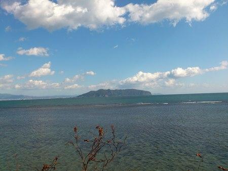 津軽海峡と函館山_b0106766_1520379.jpg