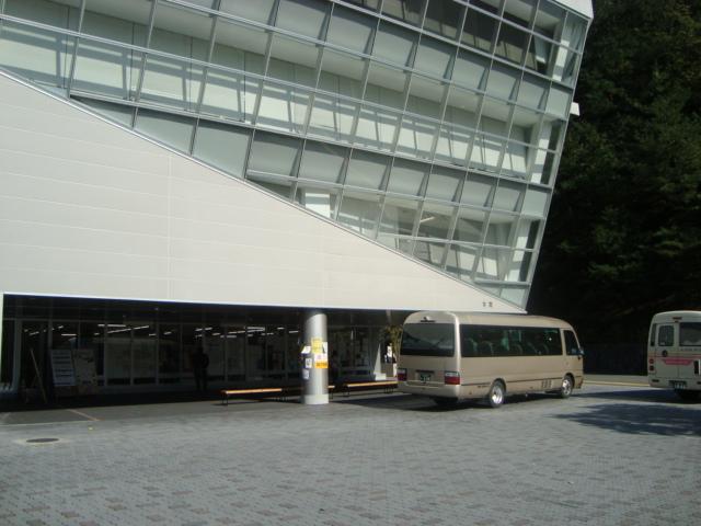 京都精華大学でゲスト講演させていただきました。_f0232060_1813342.jpg